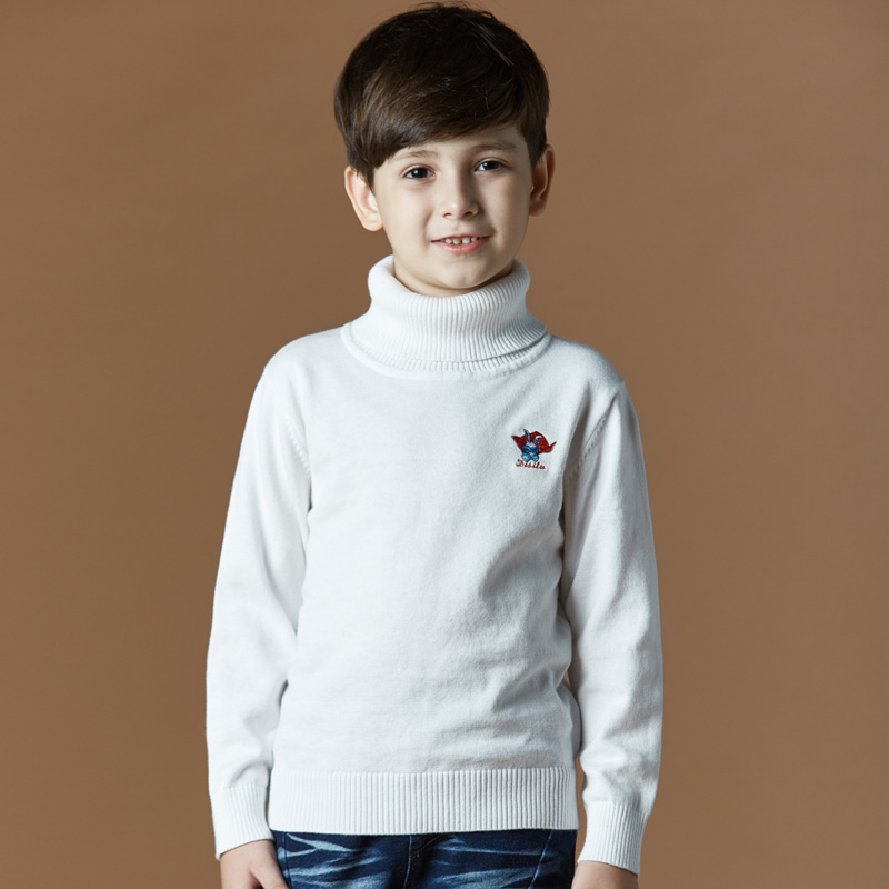 Color classification: Thin white Turtleneck Sweater