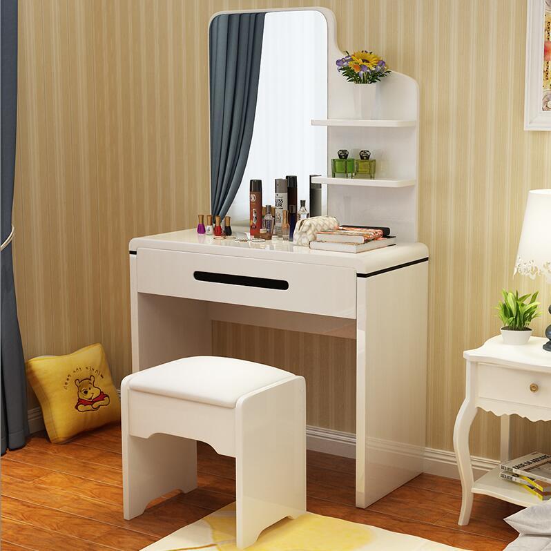 Цвет: Рабочий стол 80 долго малого размера комод