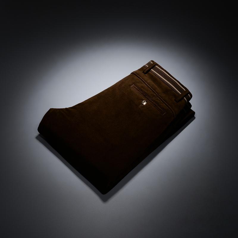 Цвет: тёмный кофейный цвет