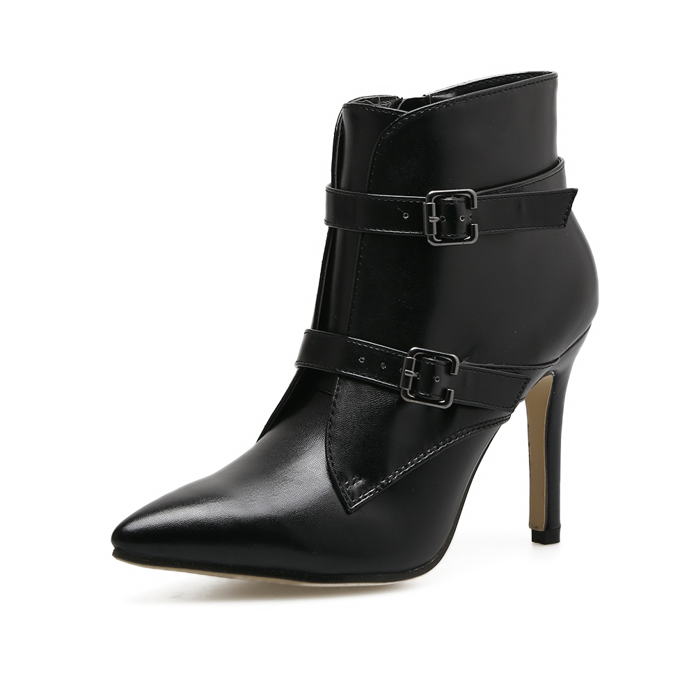 black Pointed boots's main photo