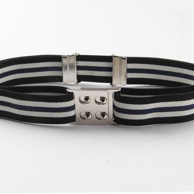 Цвет: Четыре серебряные синий и черный