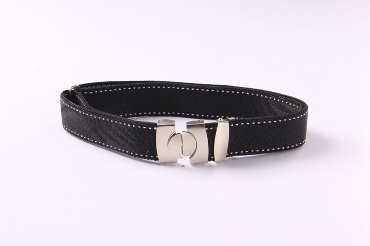 Color classification: Buckle-black white