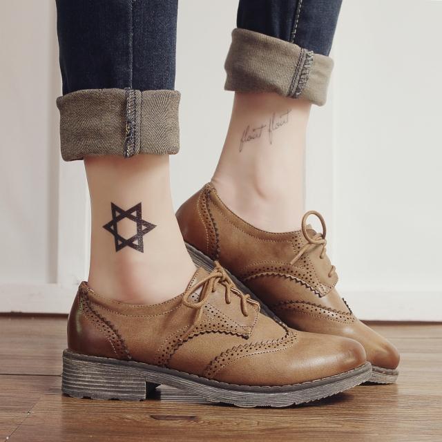 15新款欧美复古布洛克雕花平底单鞋男女休闲英伦复古镂空棕色鞋子