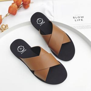 2018新款韓版拖鞋,黑色,棕色35~40碼