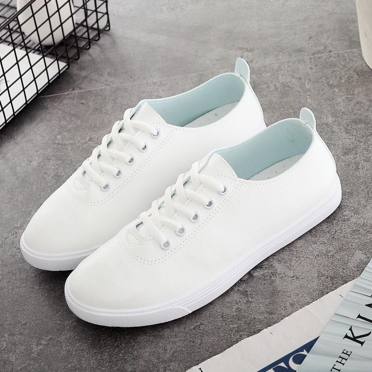 小白鞋2017秋季新款女鞋板鞋韩版系带白色黑色皮面学生鞋41大码鞋