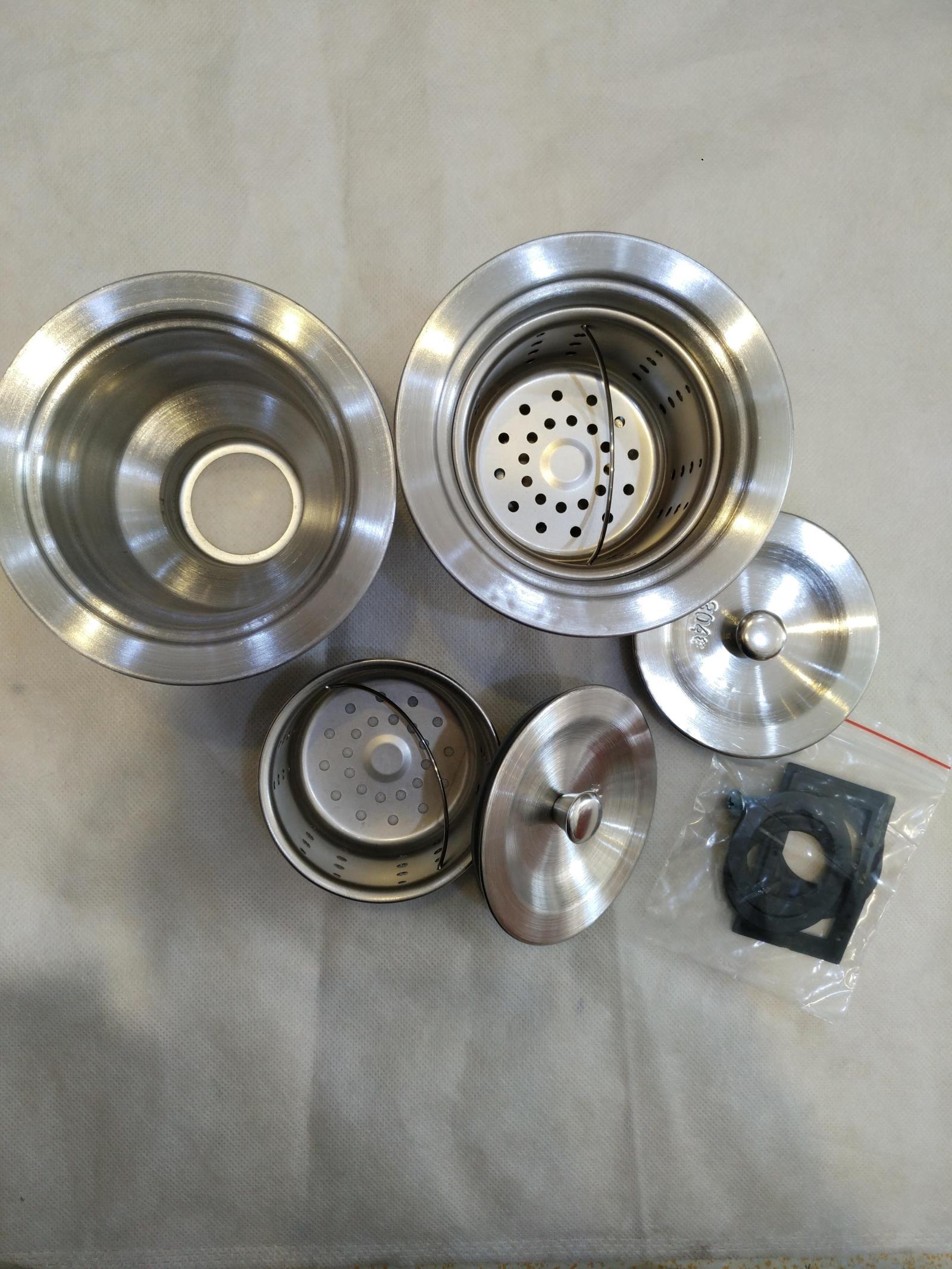 La fuga de agua de fregadero de acero inoxidable de curva en s tubo de desodorantes en el fregadero de la cocina una sola Cuenca Cuenca de acero acero fuga de accesorios.