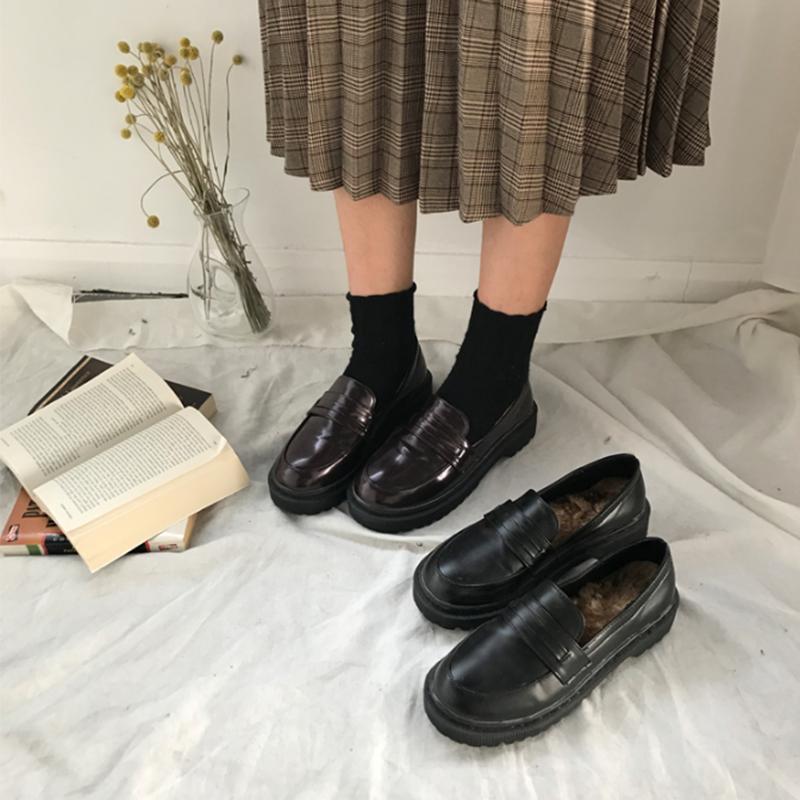 PU皮浅口鞋秋冬新款韩版百搭加绒小皮鞋学生懒人一脚蹬松糕单鞋女