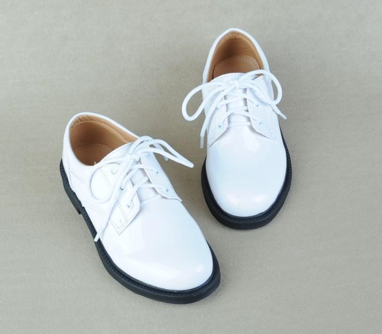 男童皮鞋白色学校中学