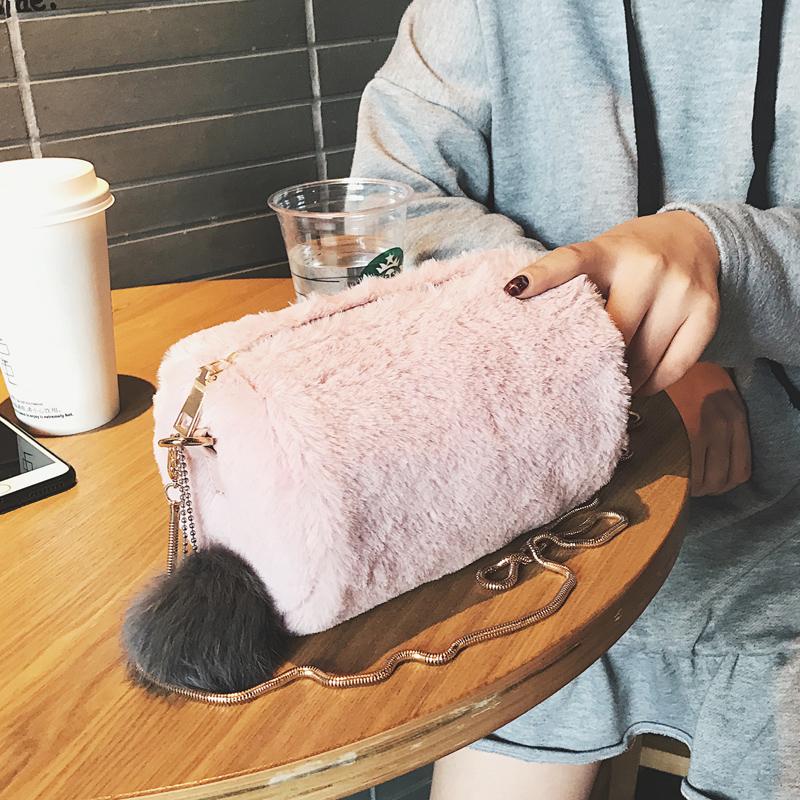 毛毛女包2017新款韩版链条小包包毛绒波士顿枕头单肩包时尚斜挎包