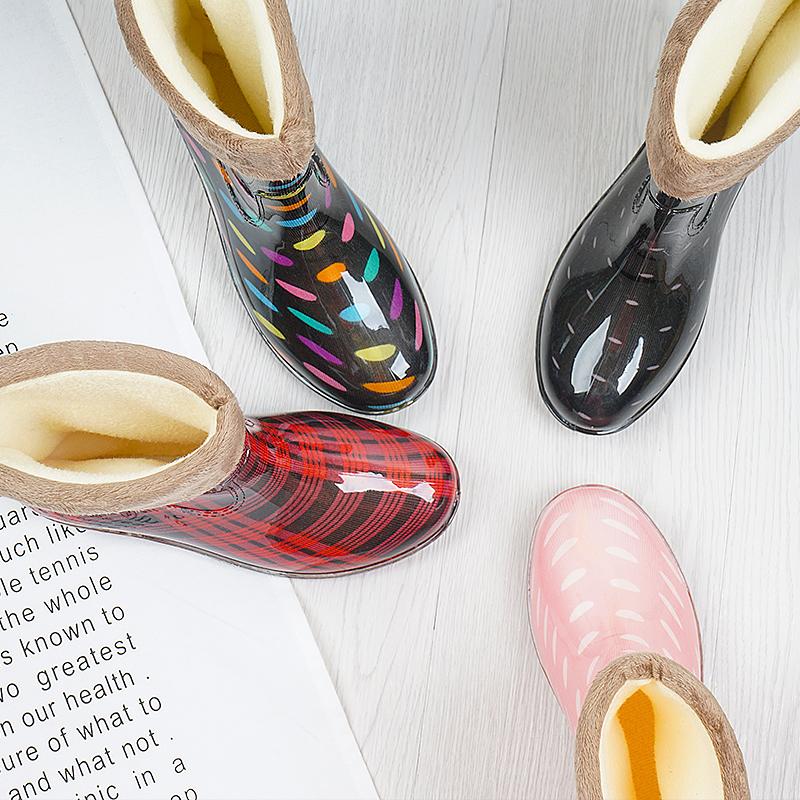 秋冬女式雨鞋加绒保暖防水女士雨靴时尚防滑中筒雨水鞋女带绒