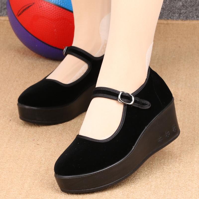 老北京軟底女鞋坡跟單鞋廣場舞蹈鞋防滑厚底平絨黑布鞋高跟工作鞋