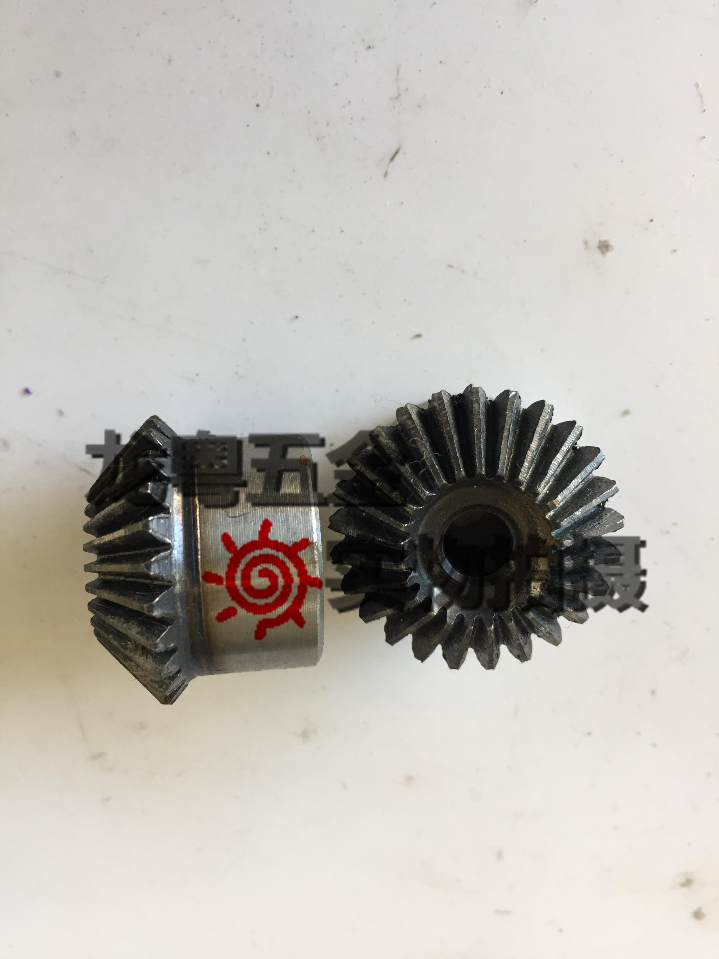 1.5 bevel bevel gear /90 degree 1 to 1 transmission 1.5M15/20/25/30/35/40 bevel gear