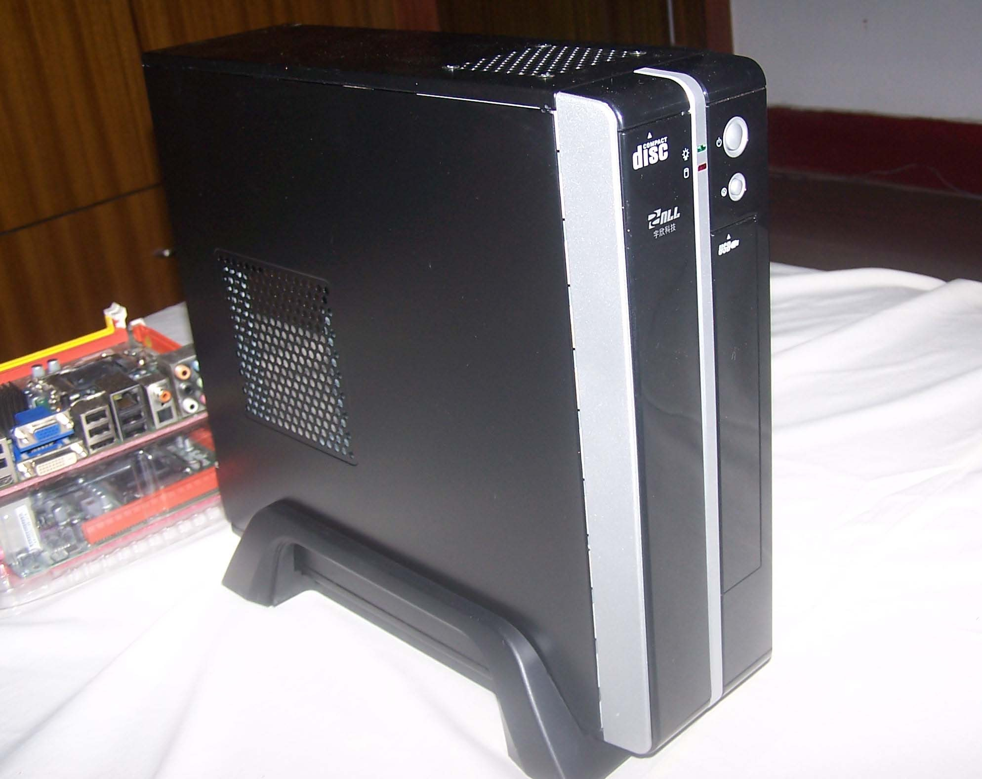 AOpenS190 custom version rated 180W power supply Mini ITX case