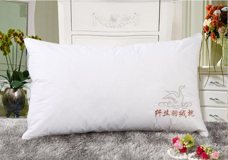 特価棚浚え磨毛羽ベルベット枕保健圧縮枕枕が寝具洗い張り