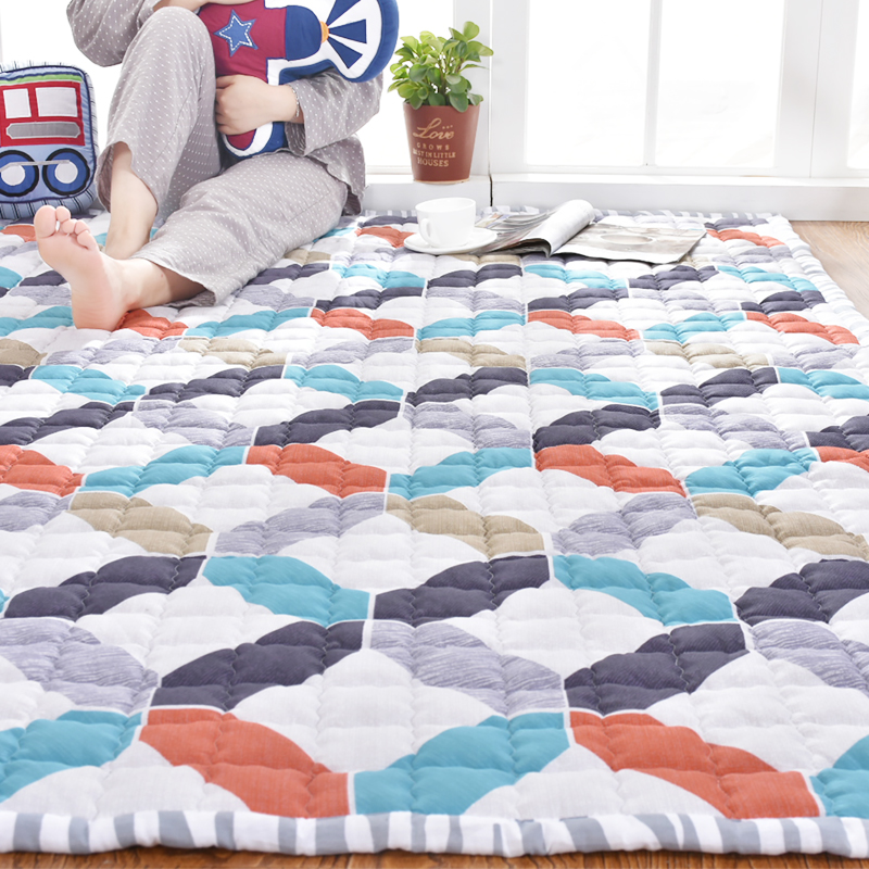 The bedroom carpet covered with tatami cotton rectangular bed pad can be customized for household washing machine washable children