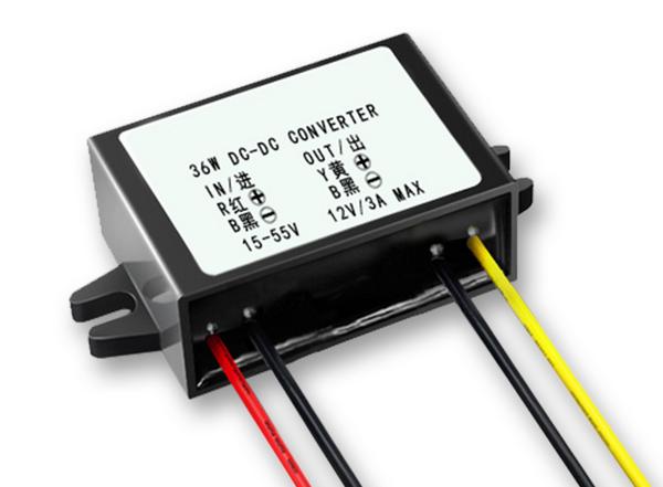 直流DC42V43V44V伏転DC12V3A車載降圧電源モジュールのスイッチ電源変圧器