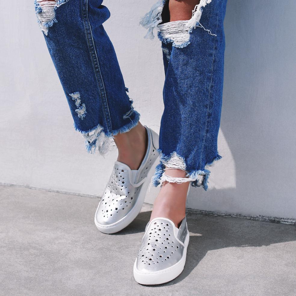 白色35小p良品鋪 新款休閑軟面平底樂福鞋純色圓頭百搭鏤空星星洞洞單鞋