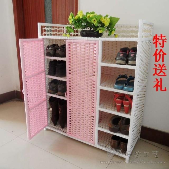 Paille de la canne de chaussure en bois massif de support de chaussure multicouche anti - poussière balcon de l'armoire de stockage de grande capacité de stockage de support de chaussure avec porte simple