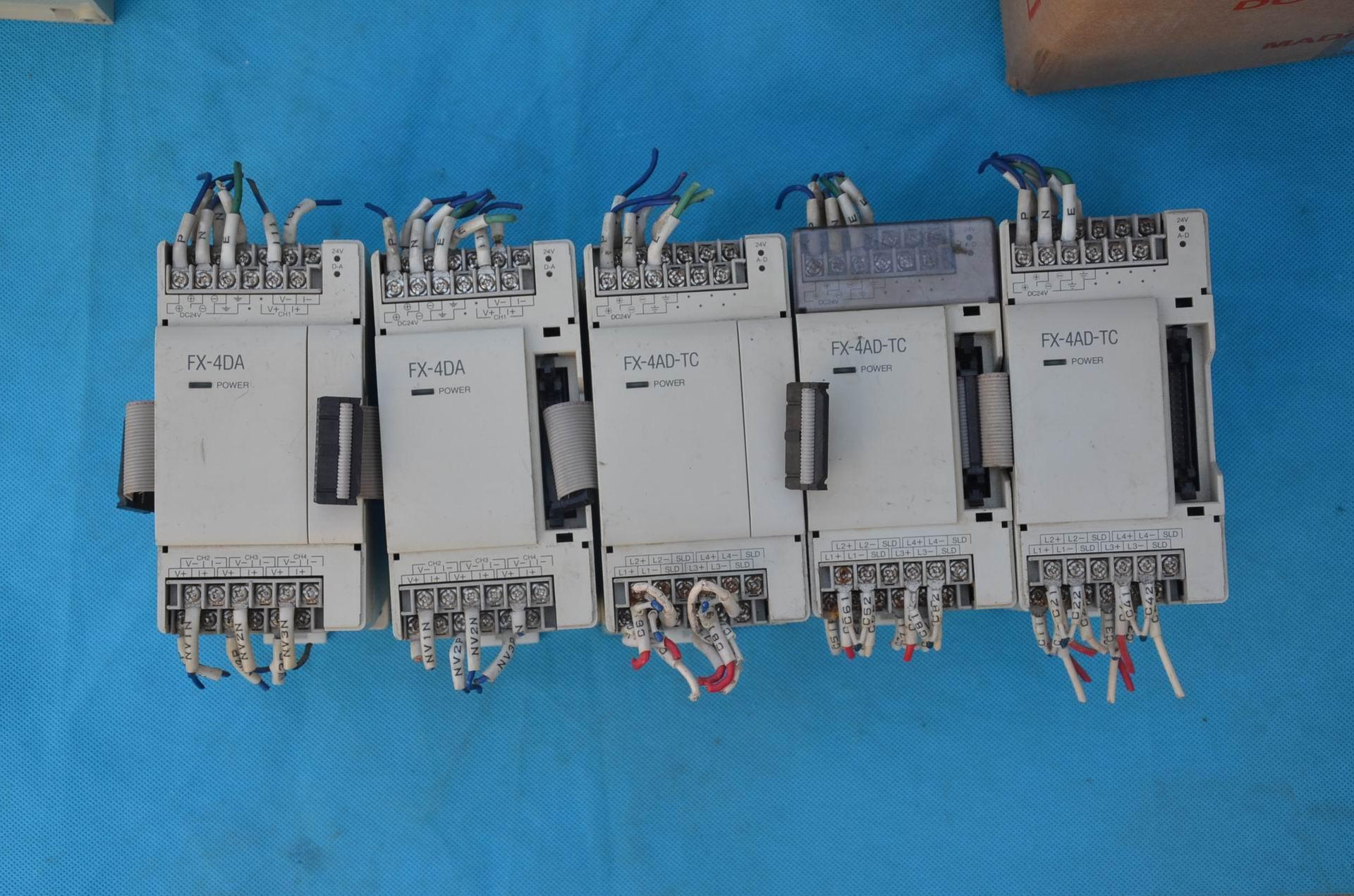 三菱PLC拡張モジュールfx-4dafx-4ad-tcスポット