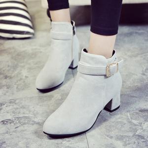 2017冬季新款靴子女鞋中跟橡胶牛反绒磨砂皮皮带扣韩版女短靴