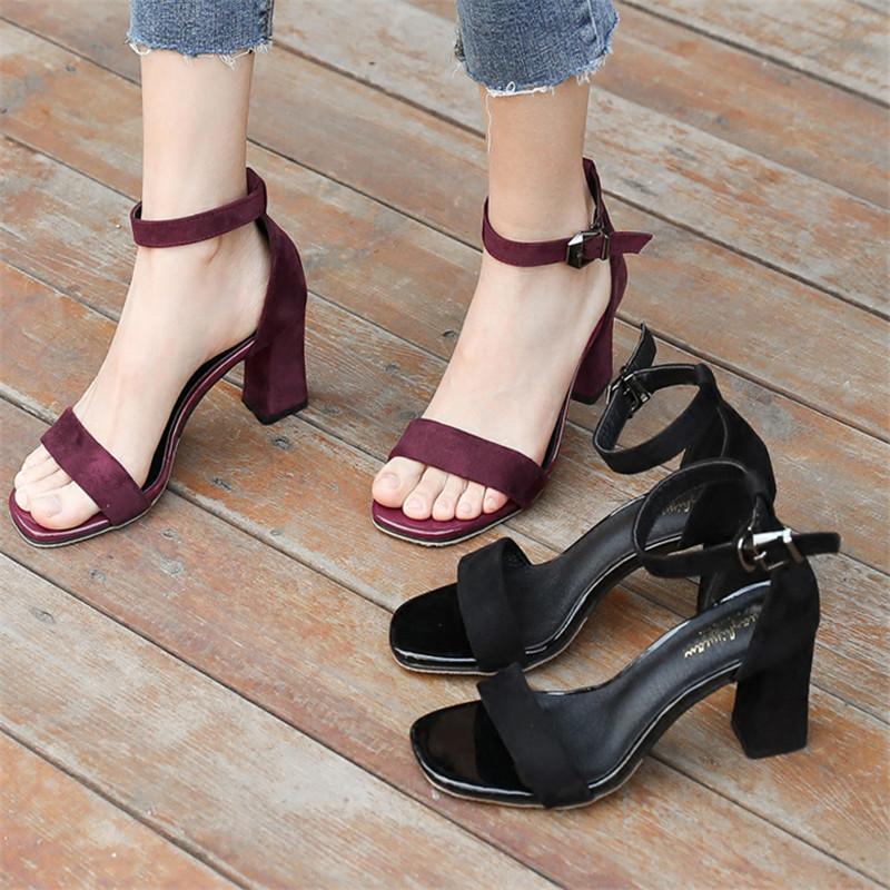 2017夏季新款百搭韩版学生女鞋黑色罗马中跟高跟粗跟一字扣带凉鞋