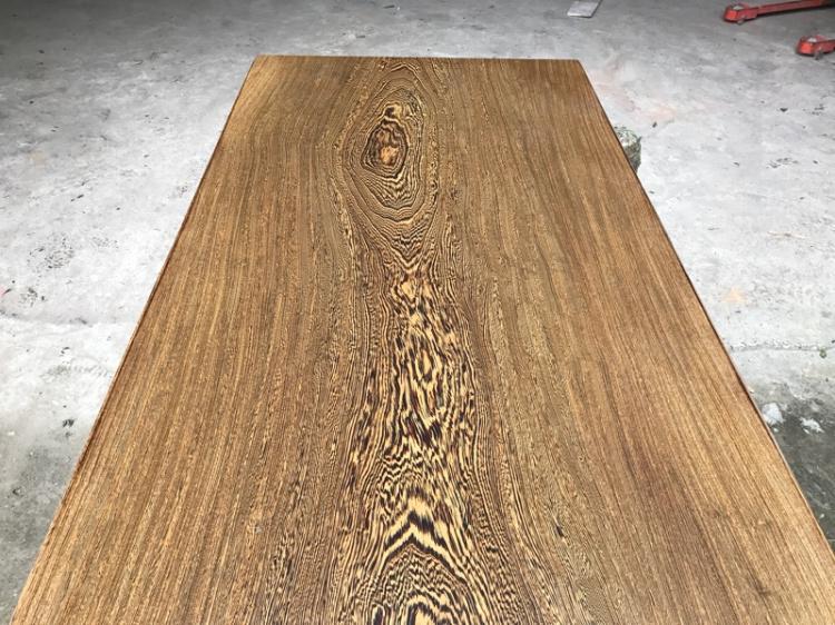 Des ailes de bois de bois massif table table de dalles spot Bureau chef de bureau chef de table table de bureau 183 * 73 * 5
