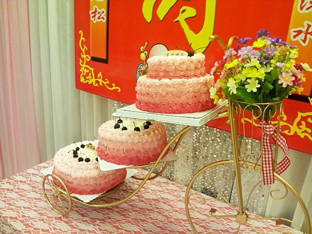 三层蛋糕架_欧式创意自行车金属三层蛋糕架