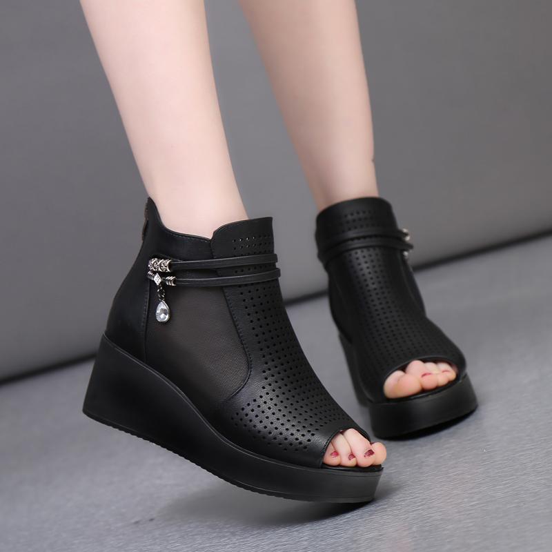 2017夏季新款涼鞋女單鞋中跟厚底坡跟中年媽媽洞洞鞋短靴魚嘴鏤空