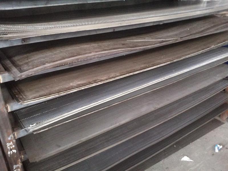 特価304ステンレス鋼板網網亜鉛パンチ穴ボードゼロカットサイコロ要求どおりに裁断