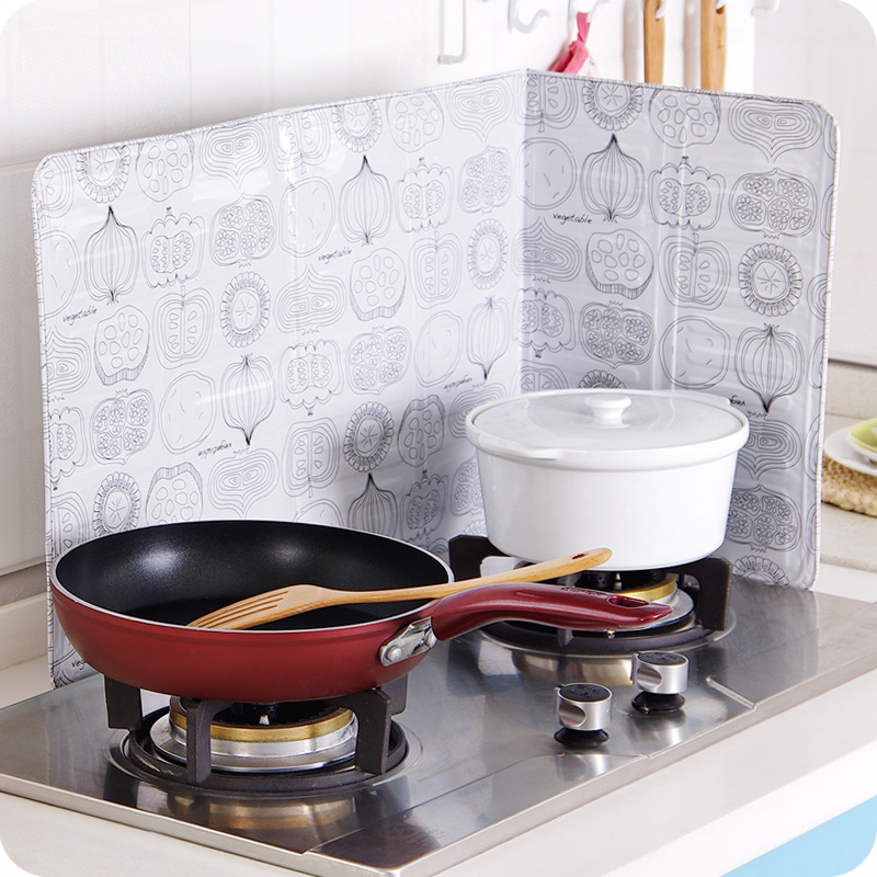 The stove cooking oil baffle household kitchen fume shielding block wind foil insulation grease cooking good-looking