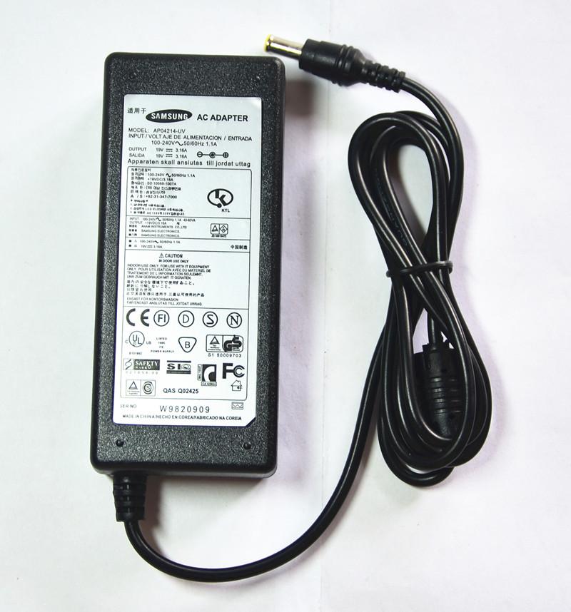 samsung notebook počítač v souladu 370R5E550P5C300E43 adaptér 19V3.16A nabíječku?