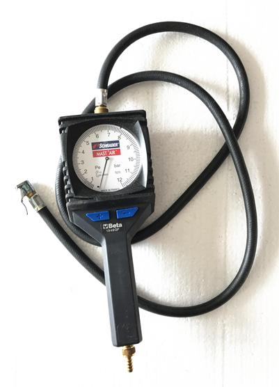 Importés BETA1949GP table de pression de pneu