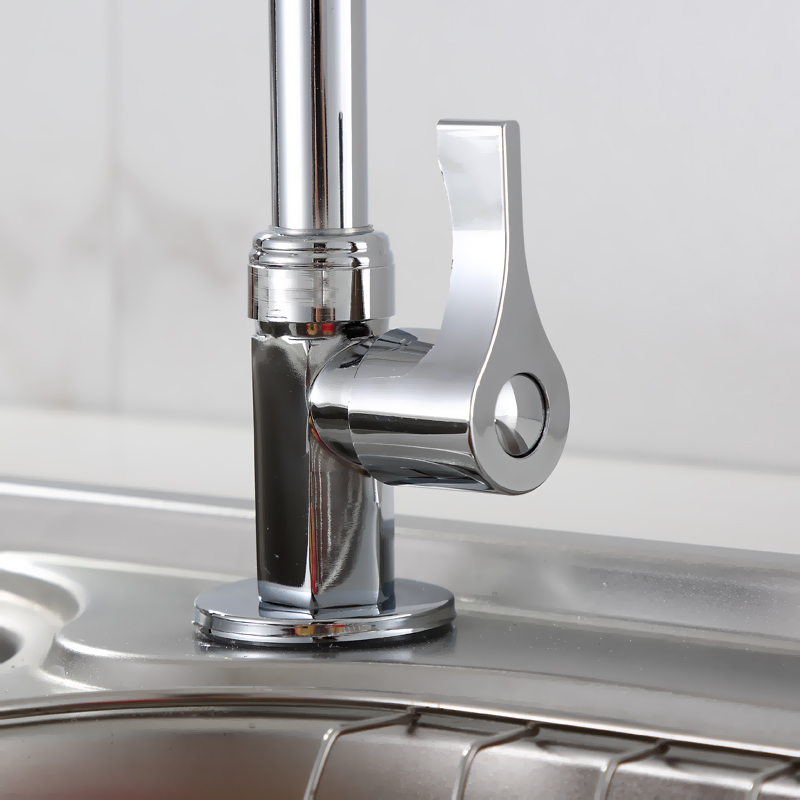 The new kitchen faucet sink basin sink faucet vertical into the wall of copper valve leading single