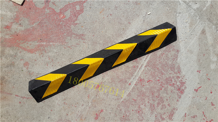 High quality rubber retaining wall corner collision angle column protection angle collision basement dedicated channel collision plate paste