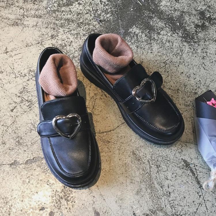 2017春女英伦学院风平底软妹原宿复古单鞋韩国ulzzang爱心大头鞋