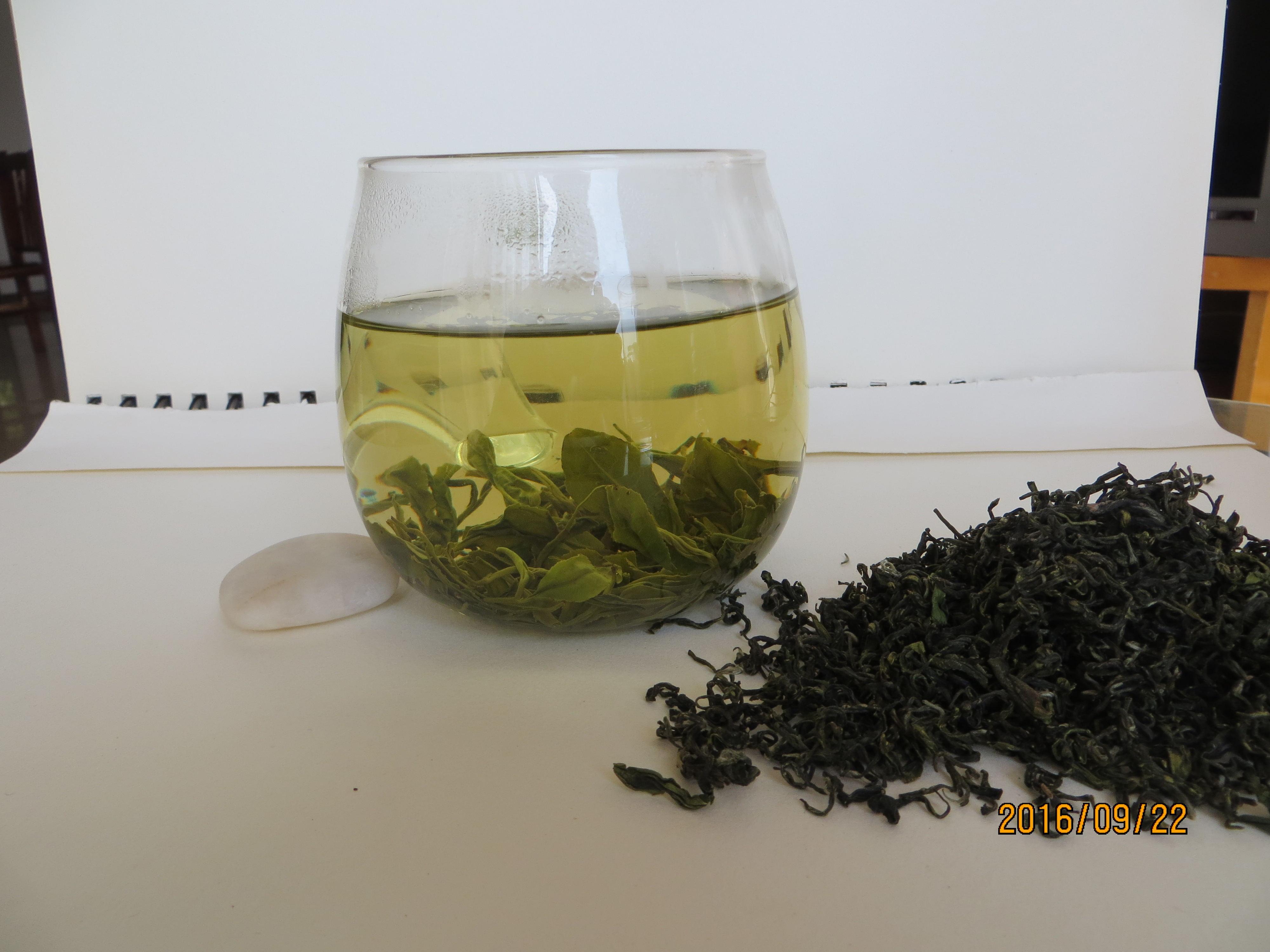 Το φως του ήλιου το Πράσινο τσάι τηγανητό κιν - τσάι φάρμα 17 χρόνια ρύπανση - Πράσινο τσάι βουνό ομίχλη αφρός ανθεκτικός Πράσινο τσάι 500g σου τσάντα.