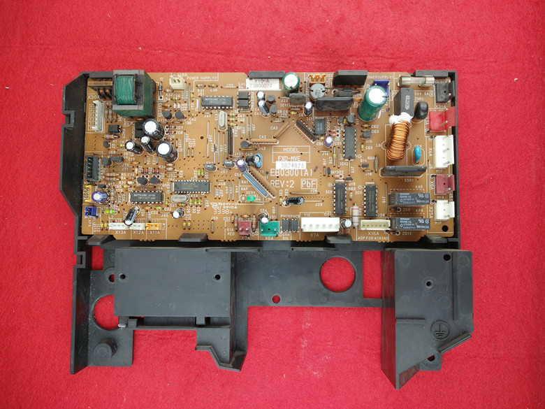 原装ダイキン中央エアコンの風管式多オンラインマザーボードEB0300(A)REV:に室内機配線板