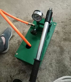 Manual pressure test pump PPR water pipe press pressure test pressure pump pressure pump ground heating leak detector pressure pump