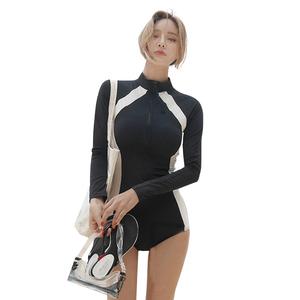 韩国高领长袖防嗮小胸聚拢保守遮肚连体游泳衣女显瘦浮潜温泉泳装