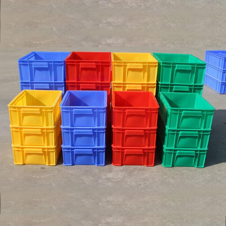 fält för transport av livsmedel. plast lådor rektangulära fält i stora delar av tjockare material - låda.