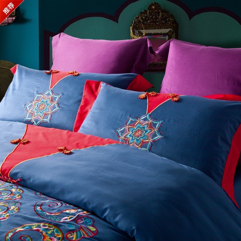 A set of four European fitted Cotton Satin Jacquard Embroidery Wedding bedding Tencel Qing 1.8 1.5 meters