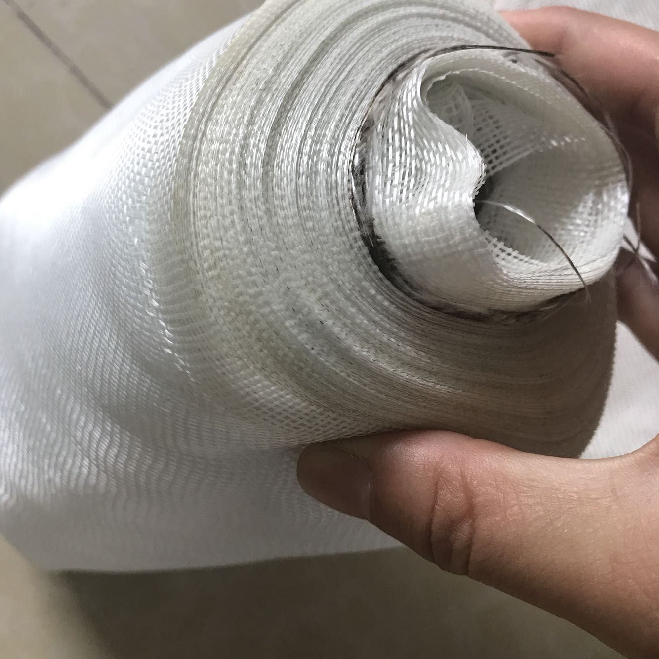 Glass fiber ribbon, high temperature resistant glass ribbon, alkali free heat insulation winding tape, anticorrosion insulation 5cm fireproof cloth ribbon