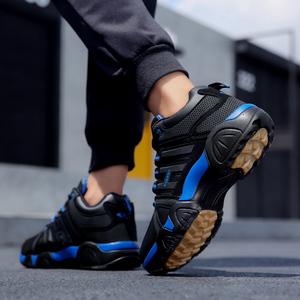 2018新款韩版百搭男士秋冬季加绒保暖旅游运动鞋青少年潮休闲棉鞋