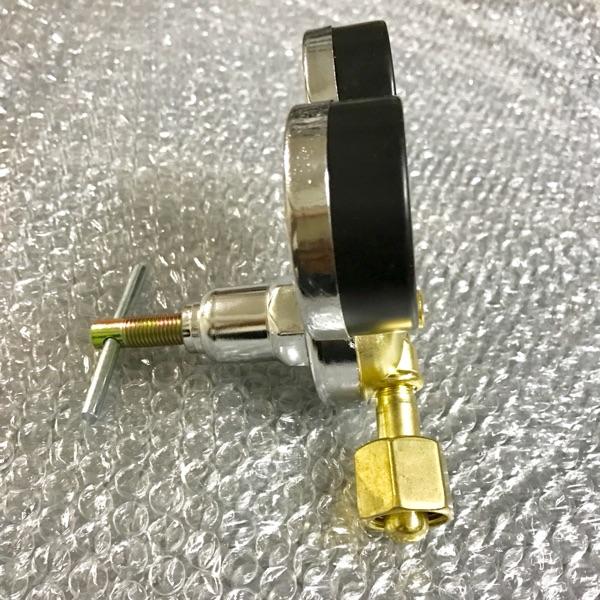 YQD-37A malé provedení karoserie shanghai nástroj kawa instrumentation factory plant doprovodná tlakoměr 2.5-25mpa redukčním ventilem dusík.