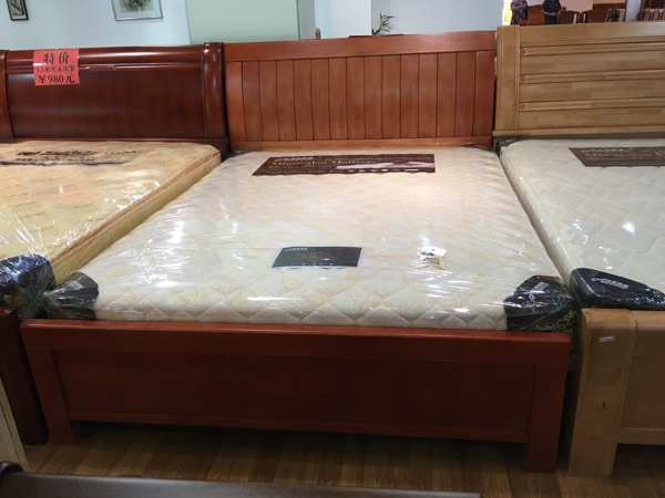Solid wood beds, oak 1.5 meters, single double rental apartments, bedroom small apartment bed, special delivery in Guangzhou