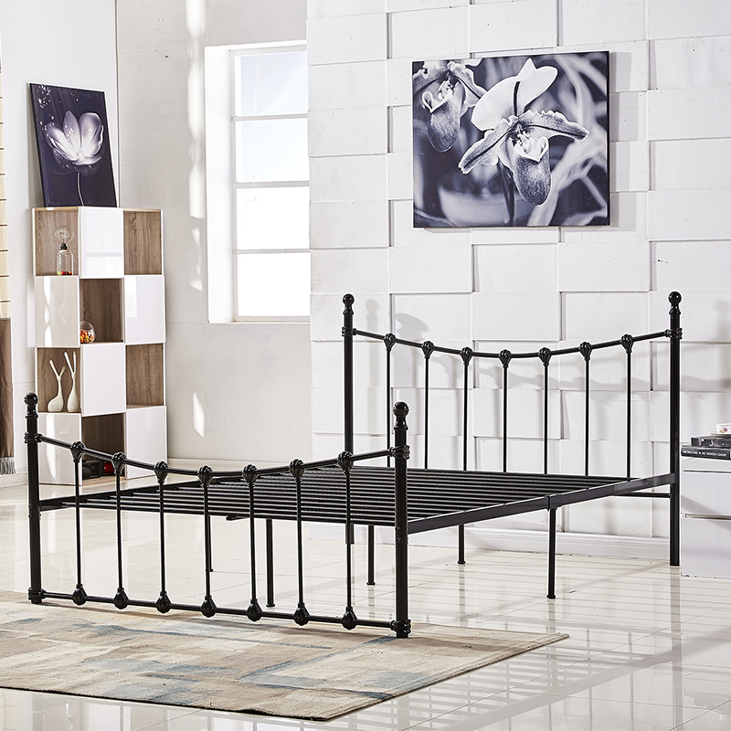 European simple bedroom apartment rental housing 1.5 double bed 1.8m single iron iron iron bedstead 1.2 meters