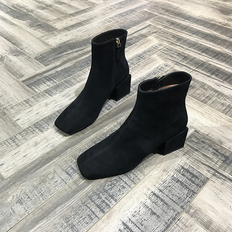 A estação outono - inverno de sapatos de designer de estilo europeu de 2017, ovinos Pele botas de Salto Grosso e quadrado Jing Na maré Martin botas de Cano