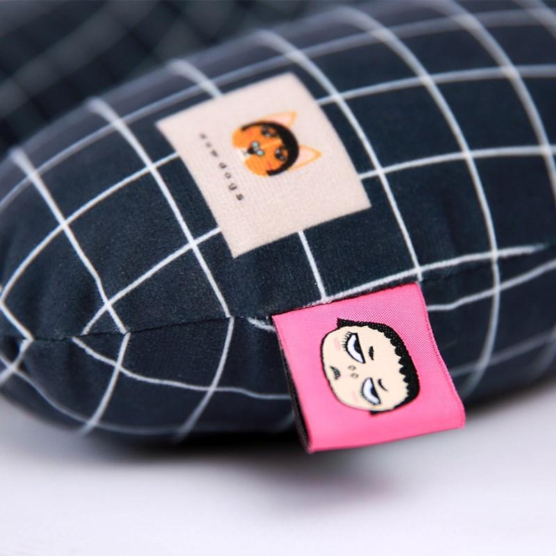 新型オフィスu型枕枕枕護首首クッション記憶頚椎健康保健枕枕に売れて漫画
