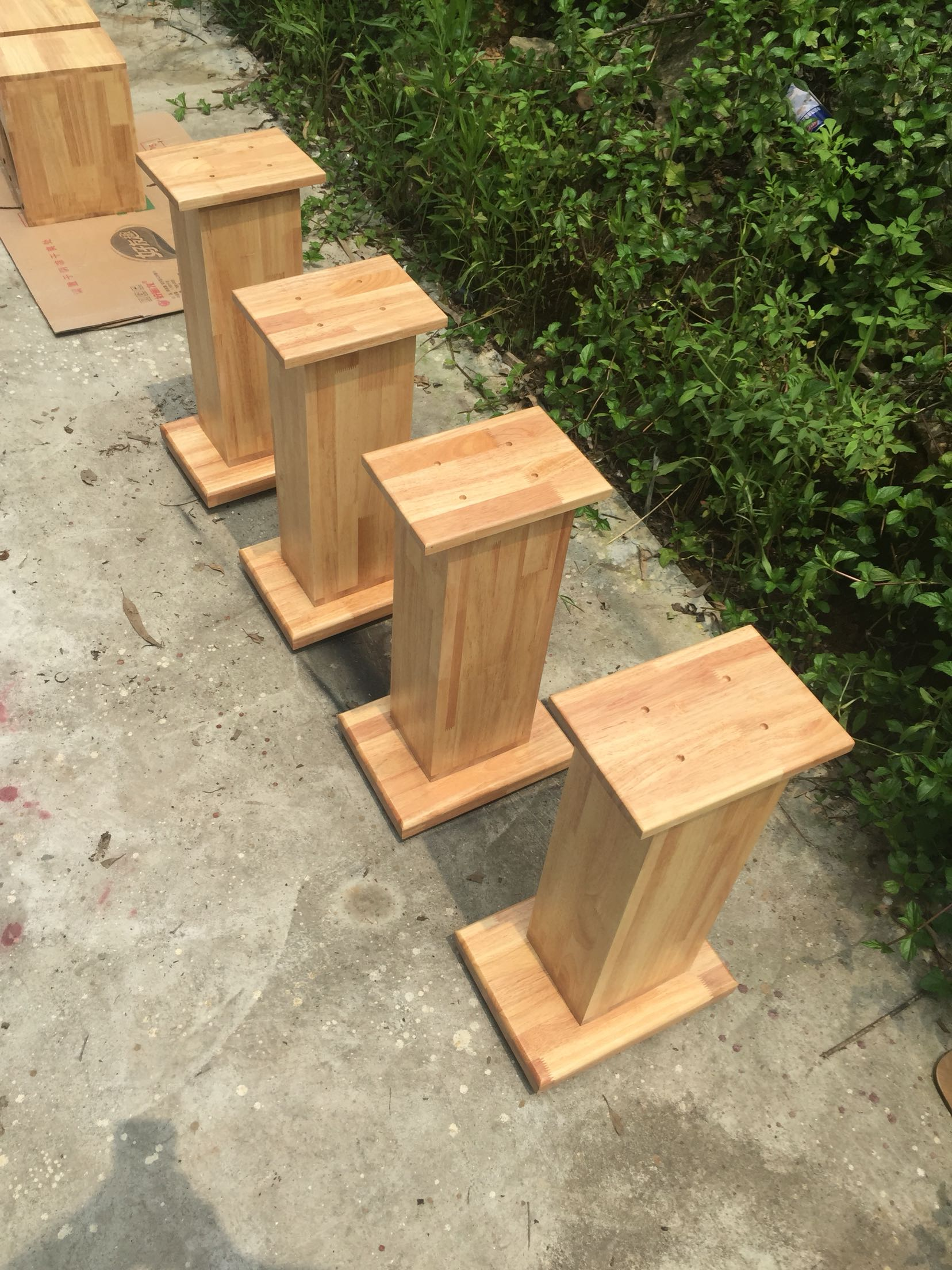 Solid wooden box foot frame