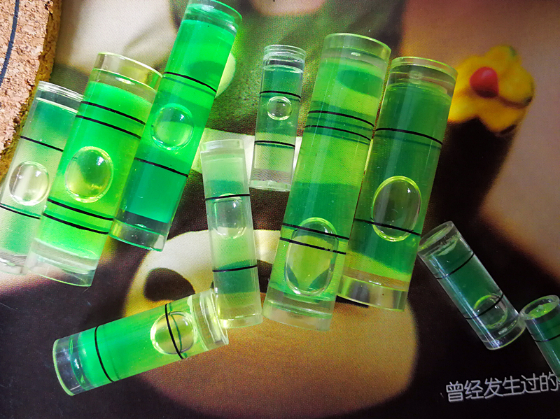 งานฝีมือกรอบรูปขาตั้งขนาดกระบอกสามฟองฟองสีเขียวมาตรฐานระดับมาตรฐานอุปกรณ์มินิลูกปัด